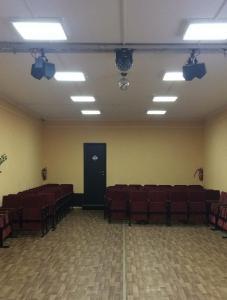 Сельский клуб с.Лопхари 100 зрительных мест
